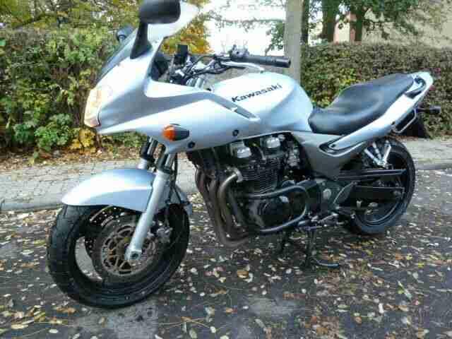Top gepflegte Kawasaki ZR 7 m. Superbike Lenker - Bestes