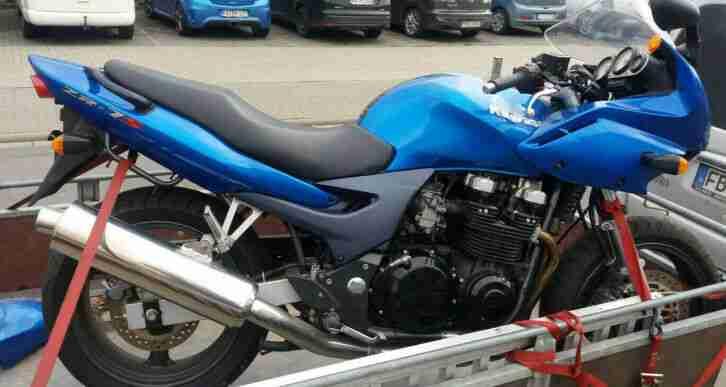 Kawasaki ZR7 Unfallschaden vorne