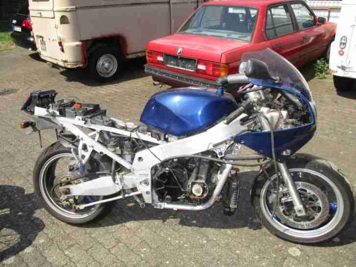 Kawasaki ZXR 750, unvollständig