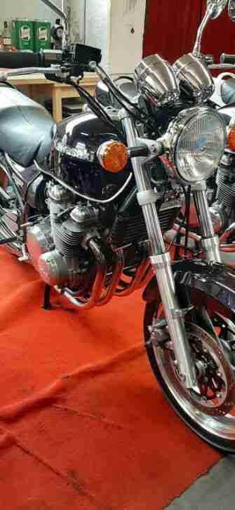 Kawasaki Zephyr 750 ZR750 Classic Bike Sammlerzustand Final Edition C Modell