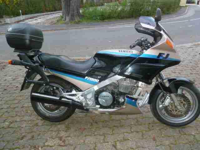 Klassiker, unfallfreie Yamaha FJ1200, EZ 93, 72 kw, Koffer Topcase, TÜV 06 20