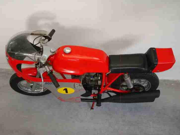 mv agusta 50ccm mini bike kindermotorrad aus bestes angebot von old und youngtimer. Black Bedroom Furniture Sets. Home Design Ideas