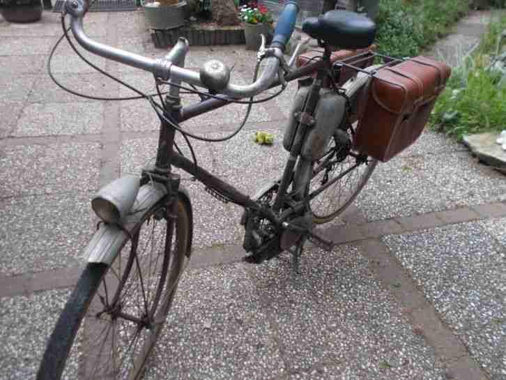 monet goyon oldtimer fahrrad mit hilfsmotor bestes. Black Bedroom Furniture Sets. Home Design Ideas