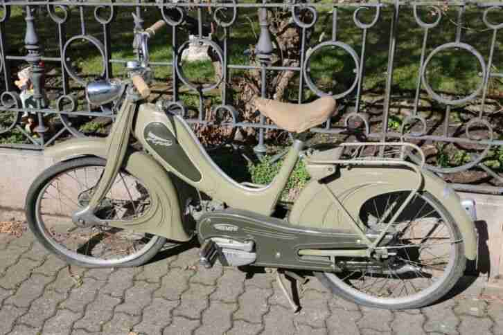 Moped Triumph Fips 1957
