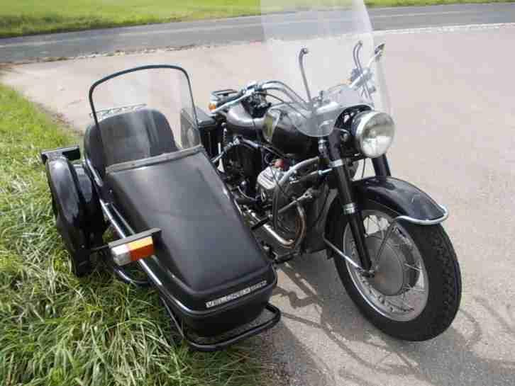 Moto Guzzi Gespann V7 mit Velorex 562 Seitenwagen