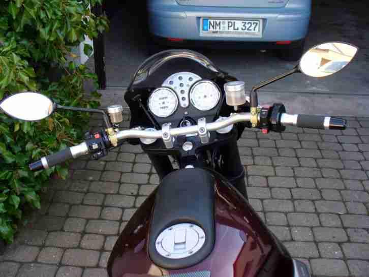 Moto Guzzi V 11 scura