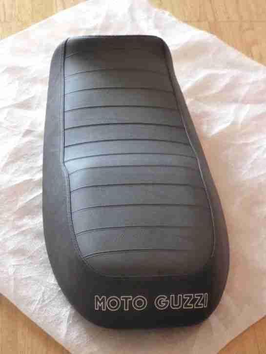 Moto Guzzi V7 II Stone Originalsitzbank neuwertig