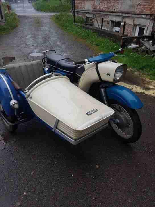 Motorrad ES 250 2 mit Seitenwagen