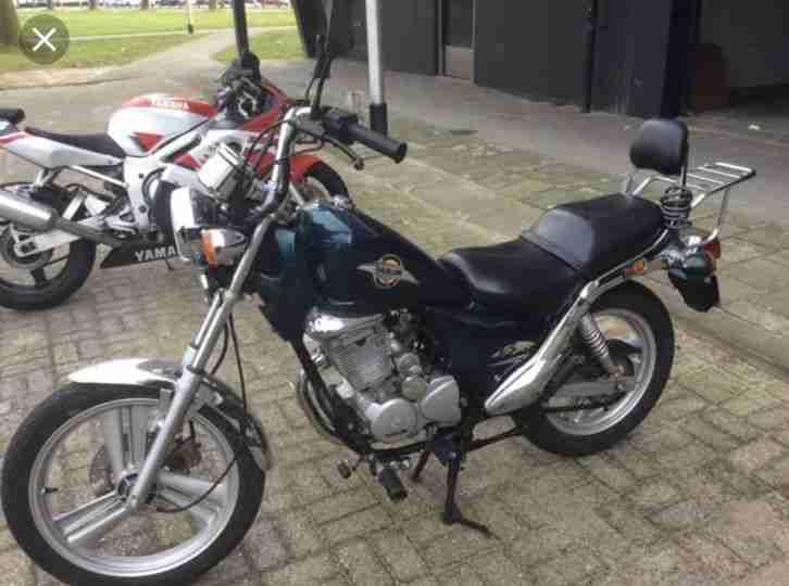 Motorrad Hat Keine Mängel Man Muss Die Vergase Reinigen Und Los Geht.