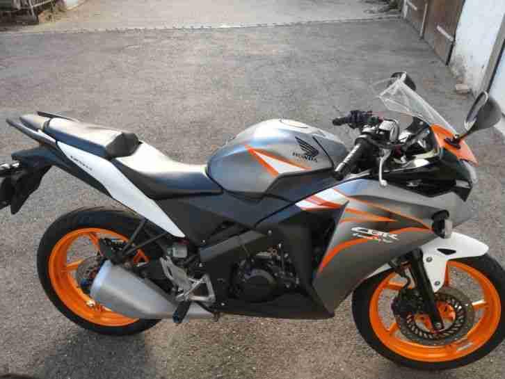 Motorrad Honda CBR125R