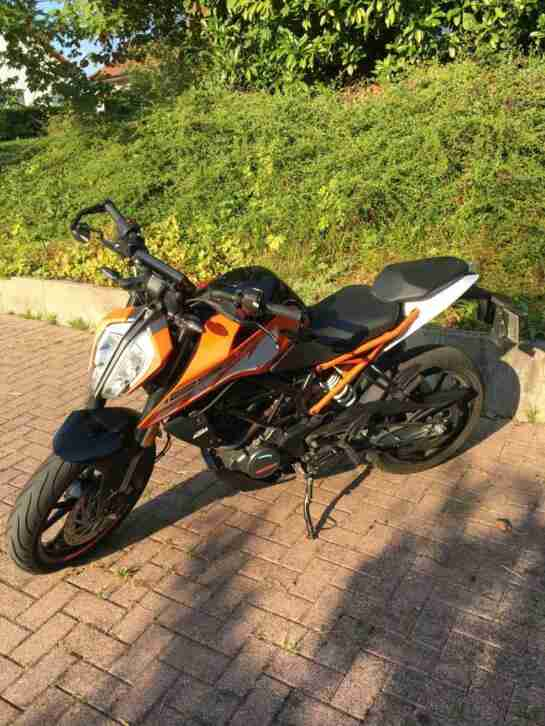 Motorrad KTM 125 Duke