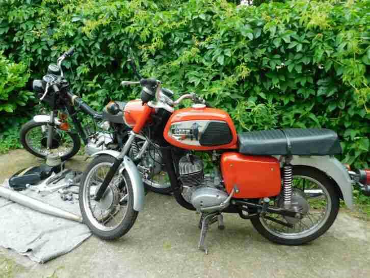 Motorrad MZ TS 150, 2 Maschinen zum Wiederaufbau, Baujahr 1978 u. 1981