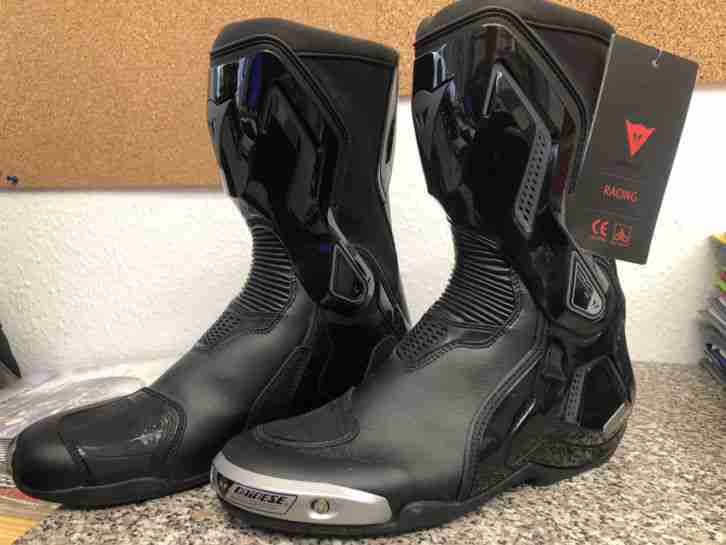 Motorrad Sportstiefel Marke Dainese Torque Out D1 schwarz Größe 45 NEU!