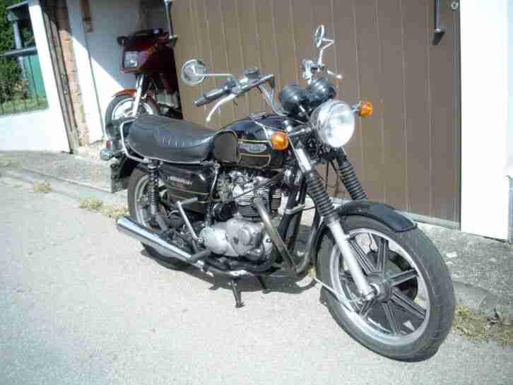 Motorrad Triumph Bonneville 750 Special