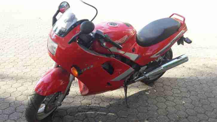 Motorrad Triumph T 300 Trophy 900 rot 72 kW Köln 1992 Erstzulassung