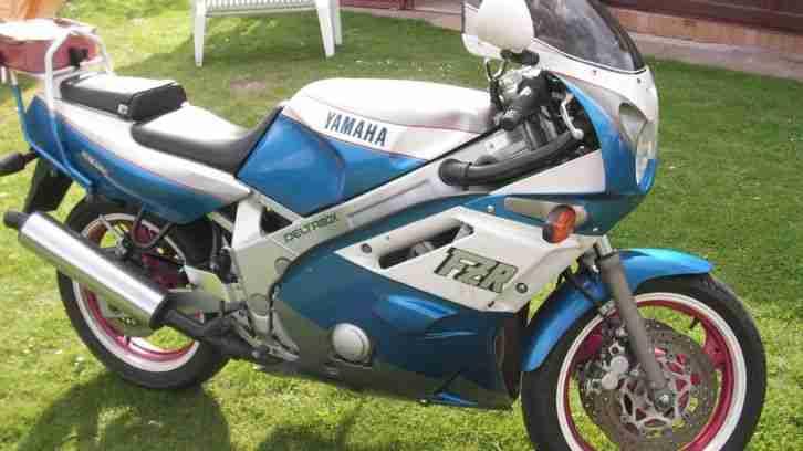 Motorrad Yamaha FZR 600 FZS Sport ; Versicherungsgünstig ! Oldie