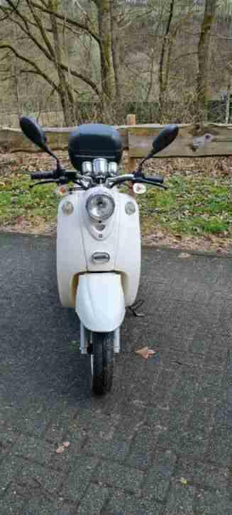 Nova Motors Retro Star Motorroller Mofa Motorrad Roller YY50 QT 15 ohne Papiere