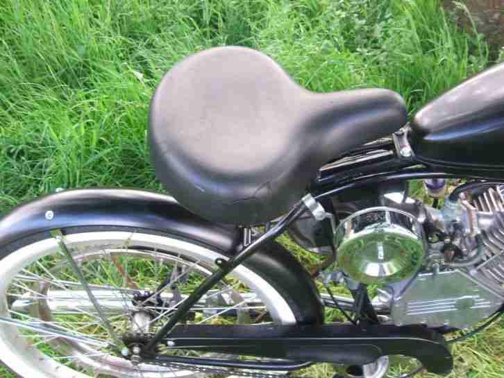 oldtimer usa fahrrad mit hilfsmotor whizzer bestes. Black Bedroom Furniture Sets. Home Design Ideas
