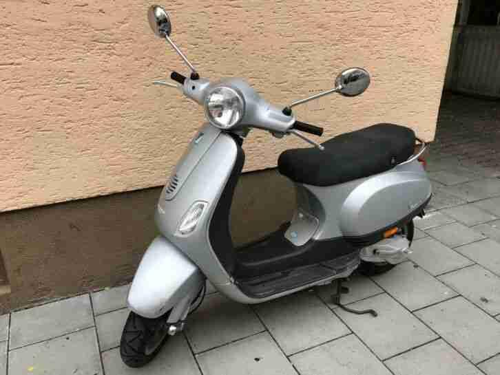 PIAGGIO Vespa LX 50 München!! 50 ccm 2 Takt EZ 2009 silber Motorroller 24.500km