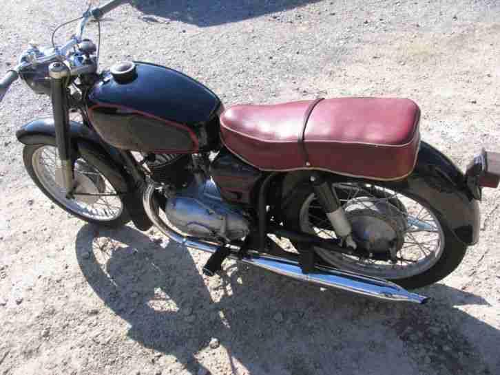 Pannonia Csepel 250 TLF, Bj. 1961, orig. ungar. Fahrzeugbrief, Motor läuft gut
