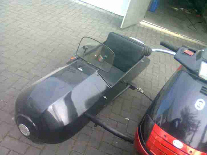 piaggio skr 125 roller mit seitenwagen gespann bestes. Black Bedroom Furniture Sets. Home Design Ideas