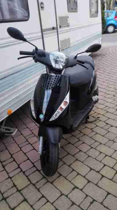 Roller Piaggio ZIP50 4T
