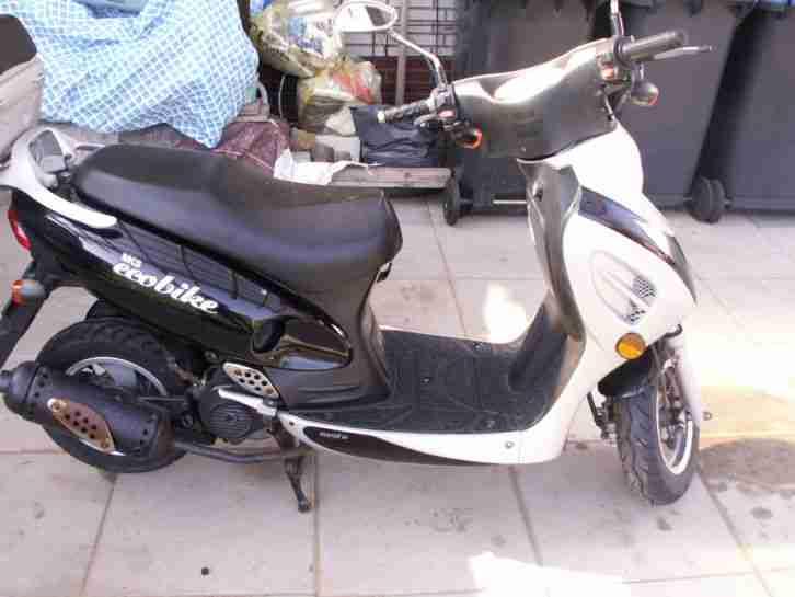 Roller der marke benzhou group modell yy50qt 26 bestes Der roller