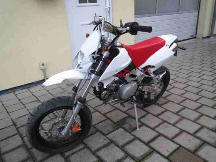 Roxon Bullet 125ccm 125 Naked Bike Supermoto