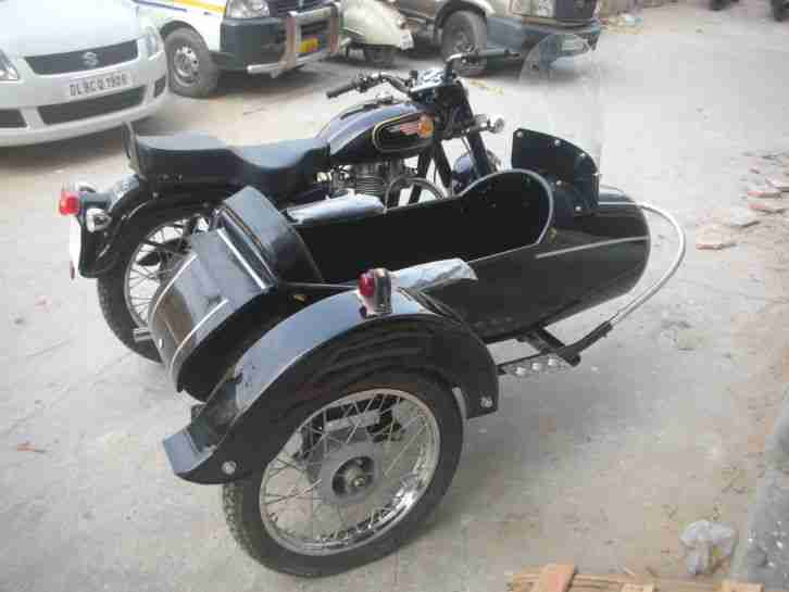 royal enfield 1976 model 350 cc with side car bestes. Black Bedroom Furniture Sets. Home Design Ideas