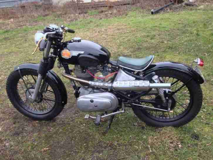 Royal Enfield Golden Bullet 350 Cafe