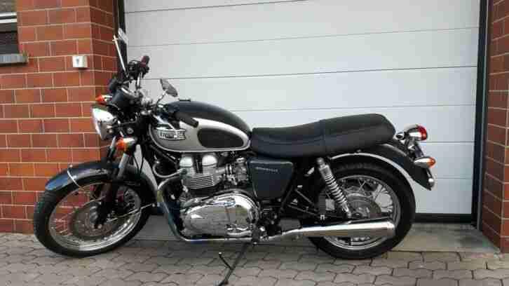 Schöne Triumph Bonneville T100