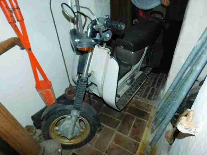 simson moped sr 50 b4 bestes angebot von simson. Black Bedroom Furniture Sets. Home Design Ideas