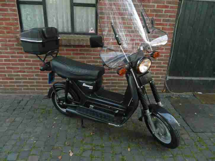 simson roller 1996 im sammlerzustand 1800km wie bestes. Black Bedroom Furniture Sets. Home Design Ideas