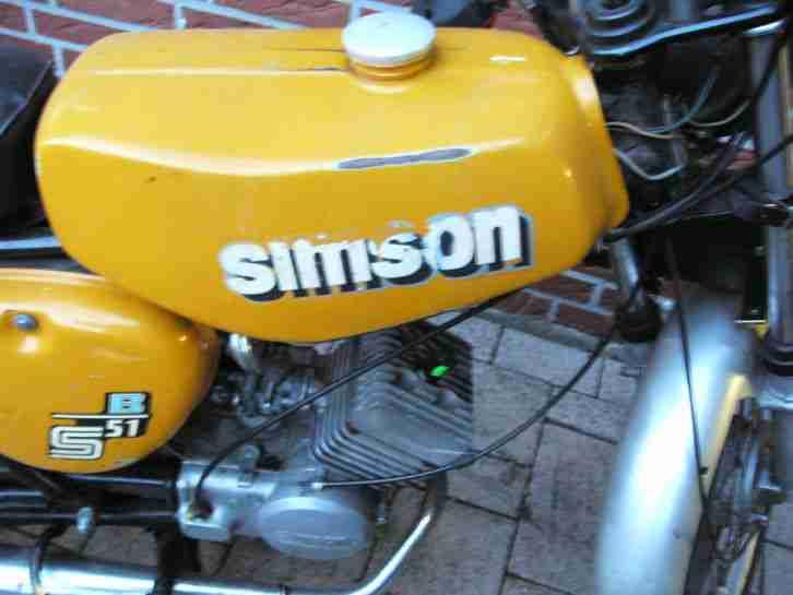 simson s51 b mit neuer batterie original lack bestes. Black Bedroom Furniture Sets. Home Design Ideas