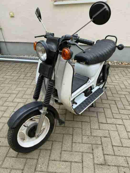 Simson SR 50 Roller mit E Starter DDR Oldtimer 3490 km Moped Mokick weiß