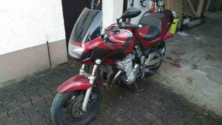 Suzuki GSF 600 Bandit Motorrad Bj. 1997 mit Reparaturbedarf!