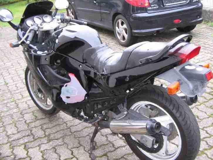 Suzuki GSX 600 f Ersatzteilspender