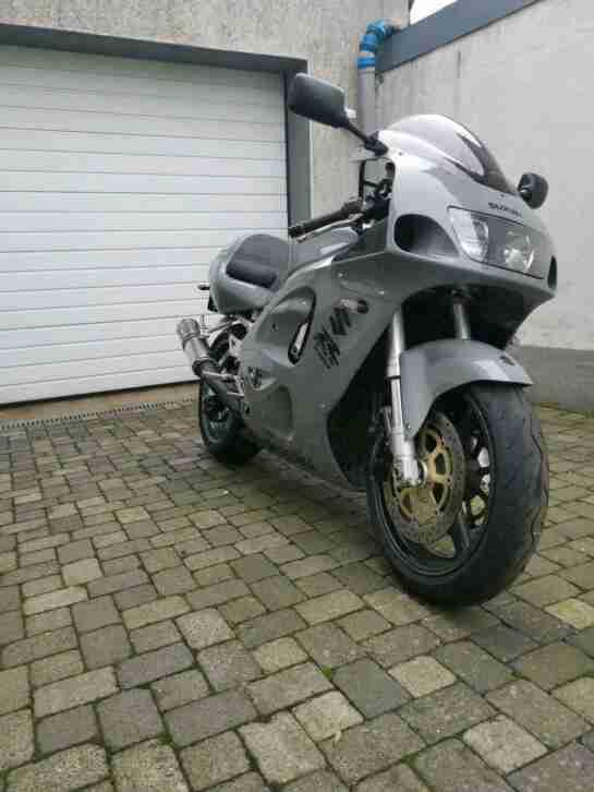 Suzuki Gsxr 750 srad Einspritzer! Viele neuteile! GR7DB