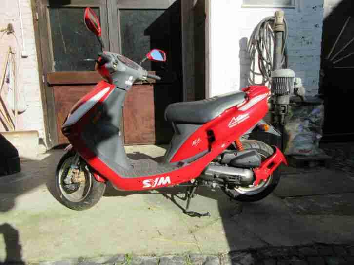 Sym Motorroller Michael Schumacher Edition