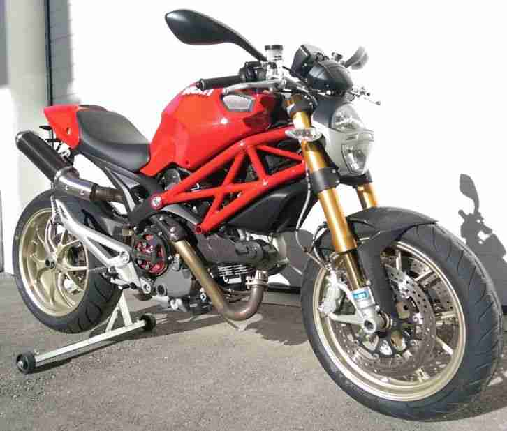 TOP NakedBike DUCATI Monster 1100S mit Navi Öhlins Carbon KTM Duke KILLER TOP