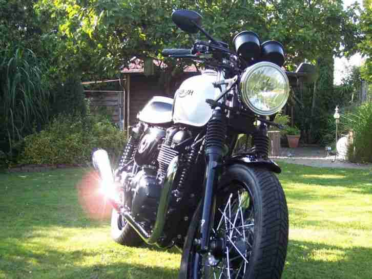 TRIUMPH THRUXTON ACE EDITION