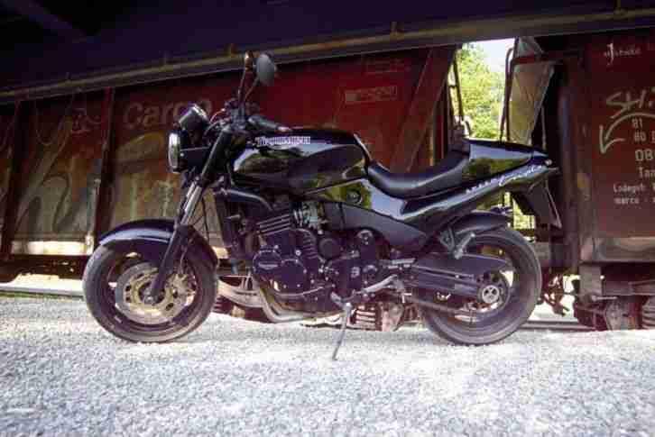 Triumph Speed Triple 900 Typ T300B