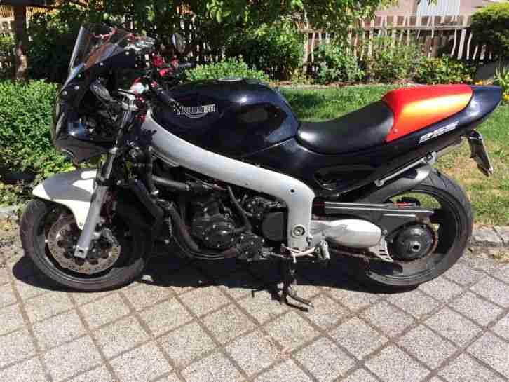 Triumph Sprint St 955I Caferacer Superbike