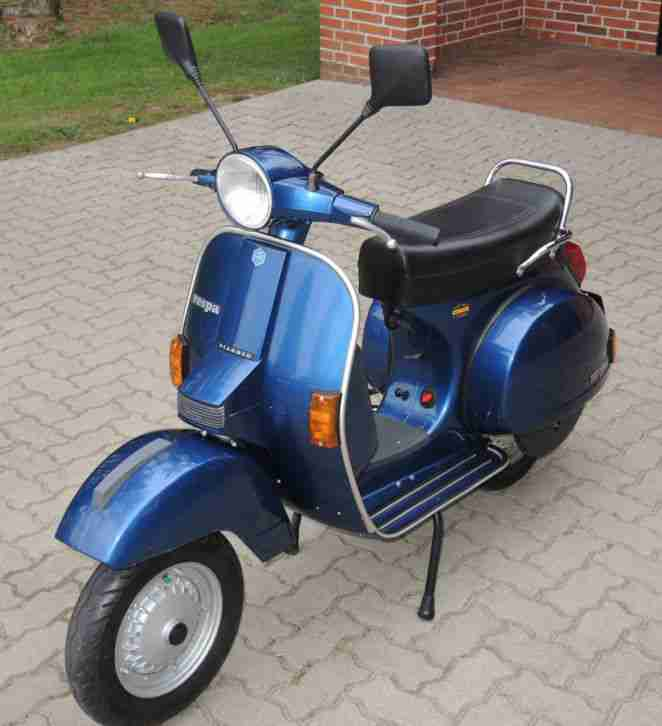 vespa px 200 lusso piaggio p 200 e mit 2200 km bestes. Black Bedroom Furniture Sets. Home Design Ideas