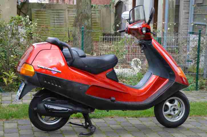 Vespa Roller Hexagon 125