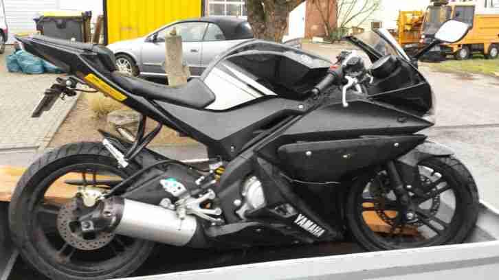 yamaha motorrad als ersatzteilspender zu unfall und. Black Bedroom Furniture Sets. Home Design Ideas