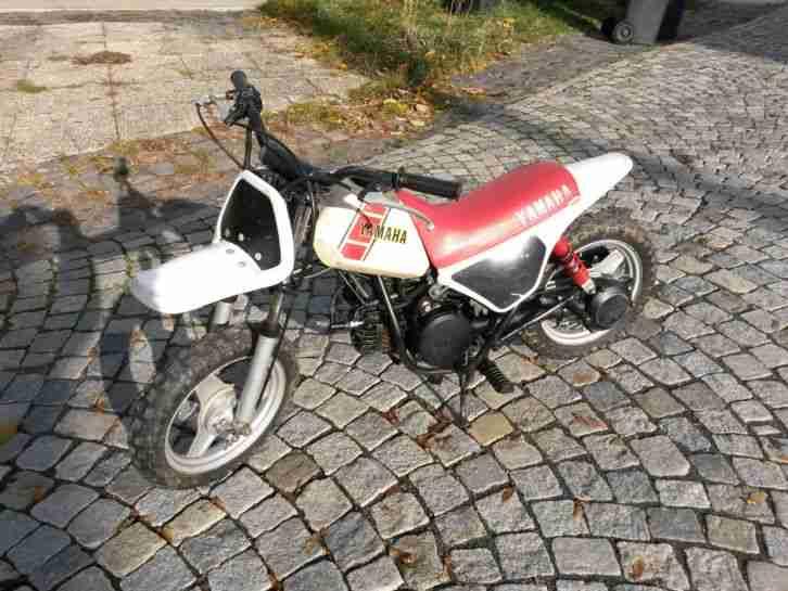 YAMAHA PW 50 Kindermotorrad mit Bedienungsanleitung Handbuch und Helm