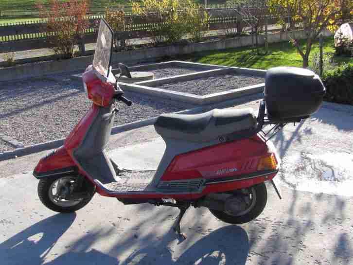 yamaha beluga xc 125 roller scooter windschild bestes. Black Bedroom Furniture Sets. Home Design Ideas