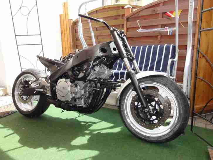 FZR 1000 Exup Streetfighter
