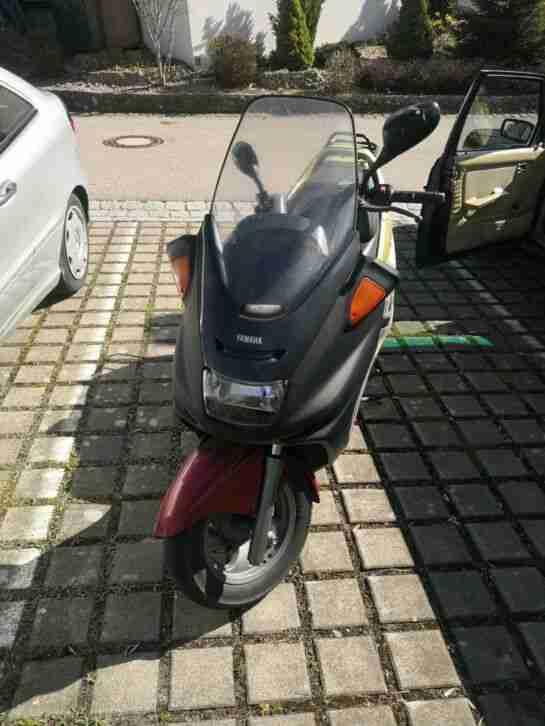 Yamaha Majesty YP 250 sg02
